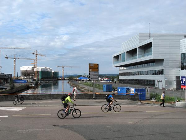 Bjøvika. Mellom Nyland og HAH - mellom Operaen og Paulsenkaia