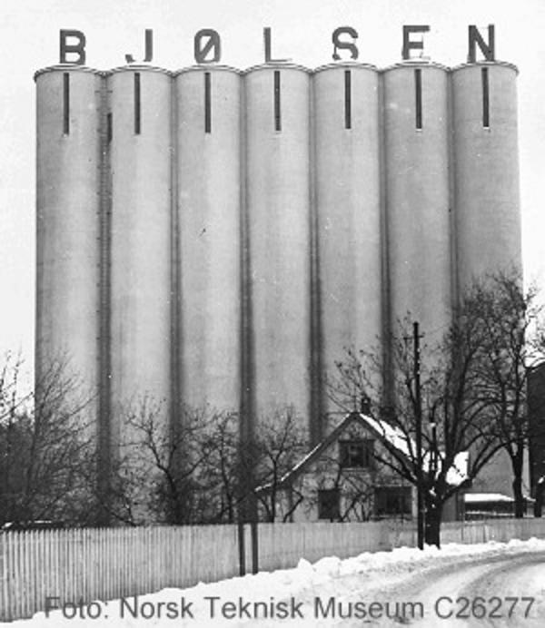 Kornsiloene på Bjølsen Valsemølle