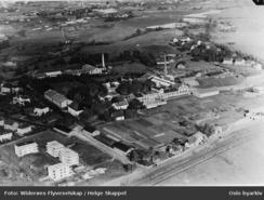 Nittedals fyrstikkfabrikks to anlegg på Grønvold / Malerhaugen i 1939Foto: Oslo Byarkiv<br>
