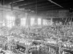 Lissefabrikken slik Wilse fanget den, trolig på 1920- eller 30-tallet. Foto: Dextra Photo / Wilse<br>