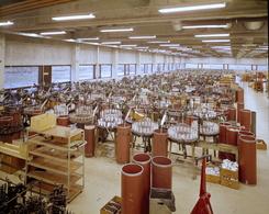 Fra produksjonssalen i Tistedalen, ca. 1975Foto: Dextra Photo / Teigen<br>