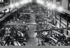 Frå maskinhallen i Tyssedal, ca 1950Foto: NVIM I-05747<br>