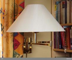 Typisk Høvik-lampe fra 1990-tallet,