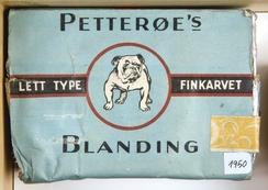 Petterøe tobakkspakke 1950Foto: Norsk Folkemuseum<br>
