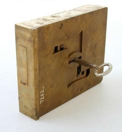 Pengeskapslås helt av messing med nøkkel, NTM 7262