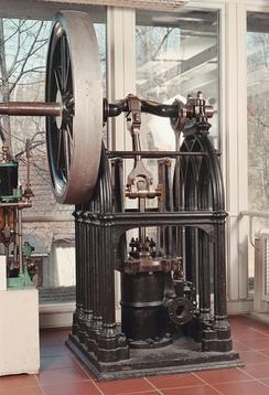 NTM 80: Dampmaskin i gotisk stil, produsert ved Myrens Verksted 1850-55