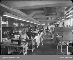 Konfeksjonsfabrikken fotografert i 1949 av Leif Ørnelund. Foto: Oslo Museum/www.oslobilder.no