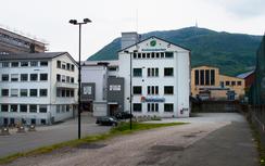 Trengereids Solheimfabrikk i 2011. Den gule bygningen i bakgrunnen tilhørte nabobedriften Bergen Jernstøperi (senere slått sammen med Wingaard og BMV). Denne bygningen er nå revet.