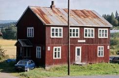 Den første fabrikkbygningen står fortsatt i GansdalenFoto: Akershusbasen<br>