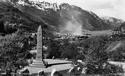 Bautaen til minne om Petersson blei avduka i 1916.Foto: NVIM I-02343<br>