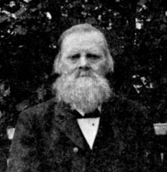 Askild O. Spilling. Smed og mekaniker som startet den første virksomheten der Spilling rivefabrikk etablerte seg.Foto: dbva.no / Lindesnes bygdemuseum<br>