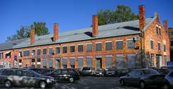 Fabrikkbygningen fotografert høsten 2006