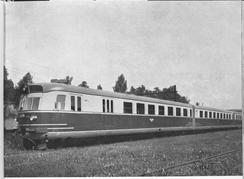 Denne togmodellen ble utviklet før 1940, og gjemt bort i en tunell på Eidsvold til andre verdenskrig var over. Toget var en nyskapning med utstrakt bruk av aluminium. Foto: Akershus FylkesmuseumFoto: Akershus Fylkesmuseum<br>