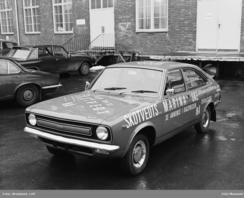 Morris Marina ble en stor salgssuksess i 1974, bl.a. takket være reklamestunt som detteFoto: Leif Ørnelund / Olso Museum<br>
