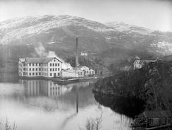 Eidsvåg Fabrikker tidlig på 1900-talletFoto: Atelier KK / Universitetsbiblioteket i Bergen<br>