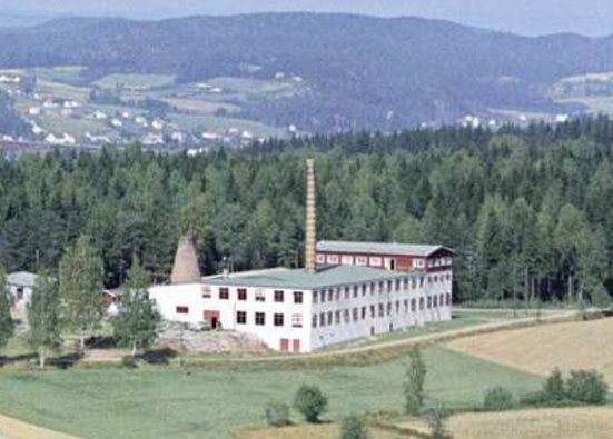 Foss slipeskivefabrikk (Ingressbilde)