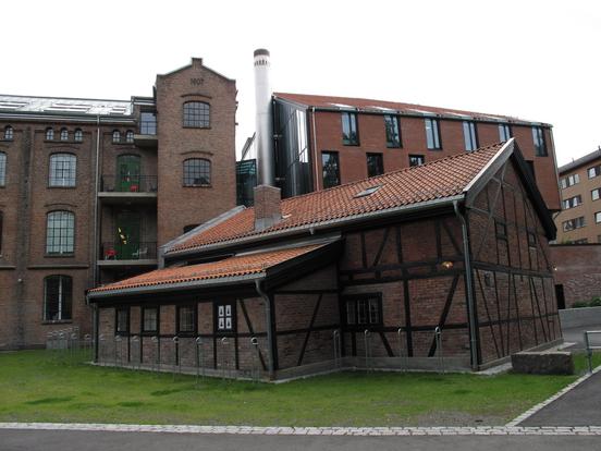 Akers mekaniskes første hus